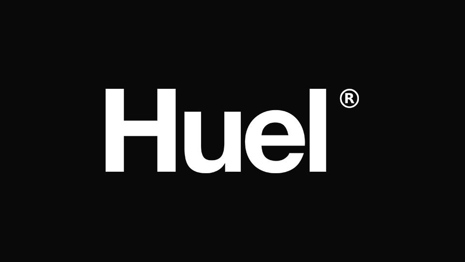 https://blueandqueenie.com/wp-content/uploads/2021/07/huel-header.jpg